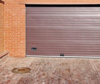 Puertas seccionales: Servicios de Puertas y Automatismos Emonax