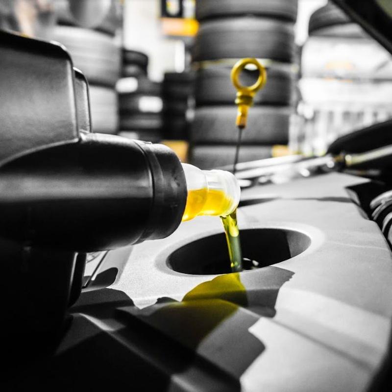 Aceite y filtros: Servicios especializados de Taller de coches y camiones valencia