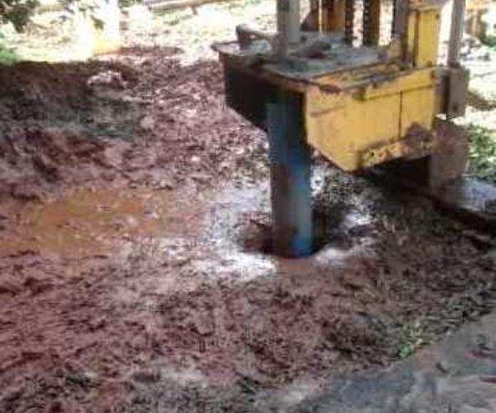 pozos de bombeo de agua