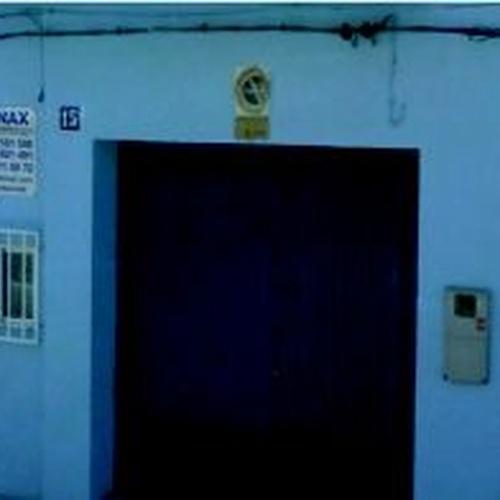 Puertas automáticas Valencia | Puertas y Automatismos Emonax