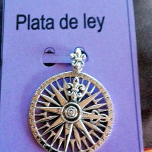 http://eltalismandelaverdad.com/es/home/381-amuleto-rosa-de-los-vientos.html