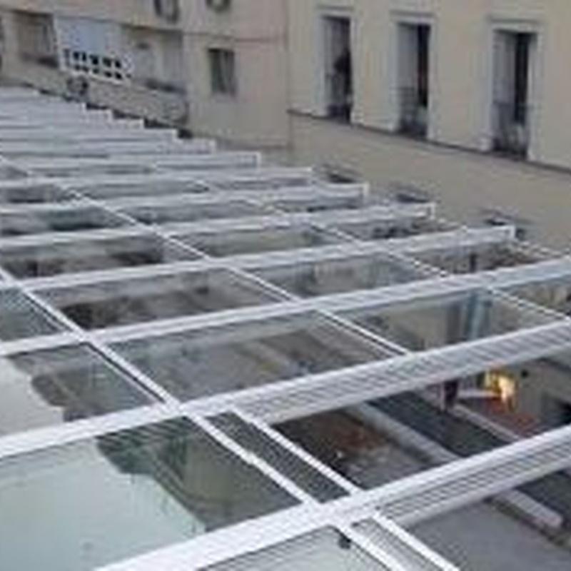 Patio interior techo móvil