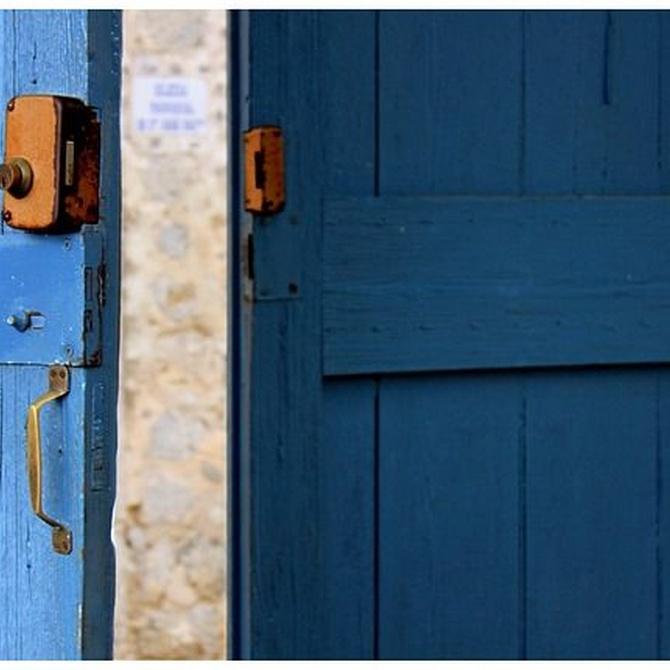 ¿Cuáles son las últimas tendencias en colores de puertas? ¿Qué color debería elegir?