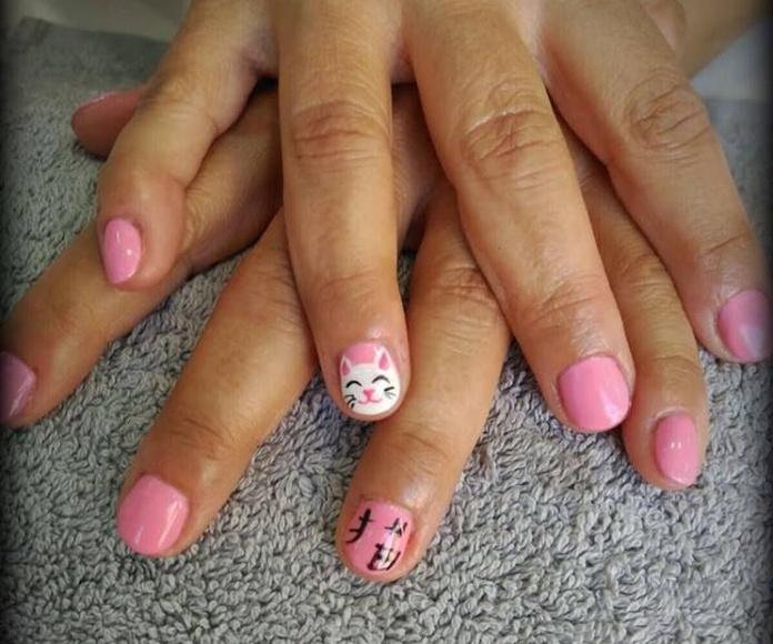 Belleza de manos: Servicios de Das Beauty