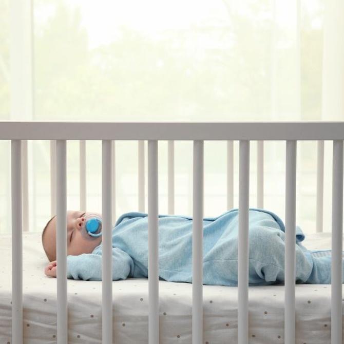 Cómo elegir el colchón para la cuna del bebé