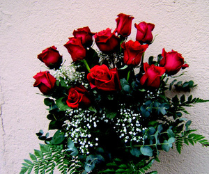 Ramo rosas disponible en distintos colores