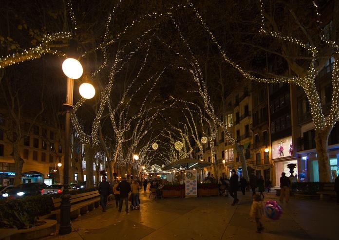 Ilumina tu pueblo en Navidad
