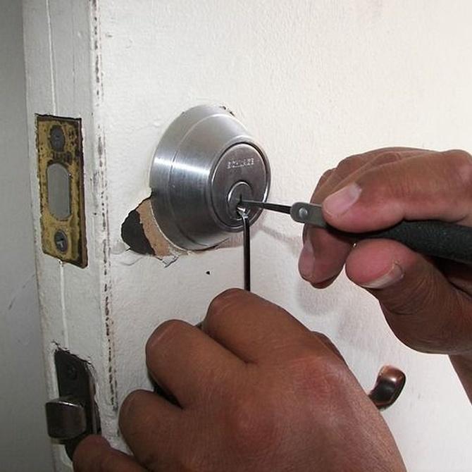 Cambiar la cerradura, lo primero que debes hacer al mudarte de casa