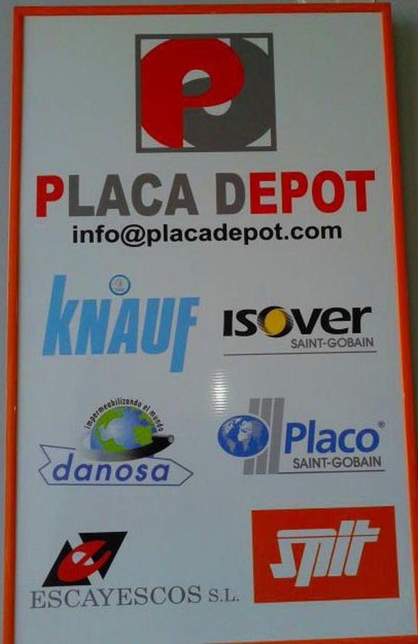 Somos una empresa distribuidora de la marca Knauf en Granada