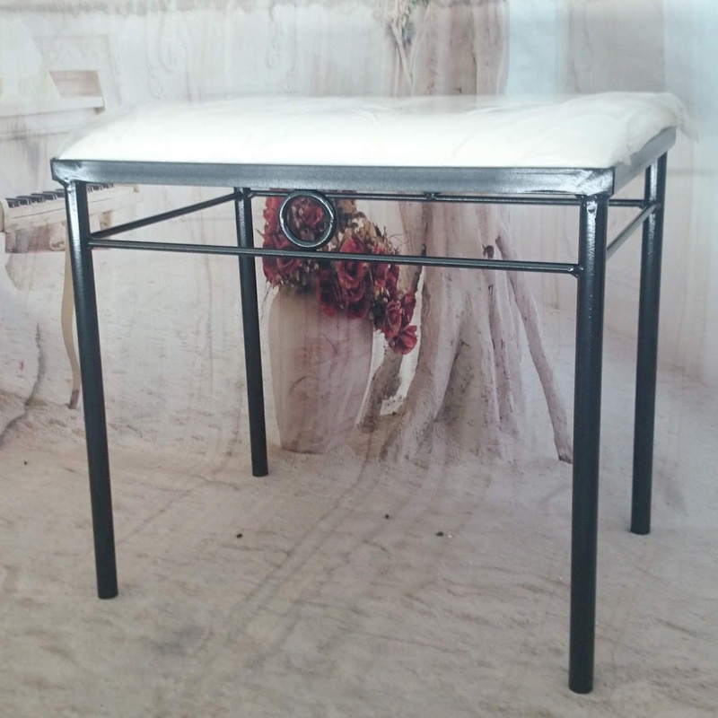 Banqueta Ceuta: Catálogo de muebles de forja de Forja Manuel Jiménez
