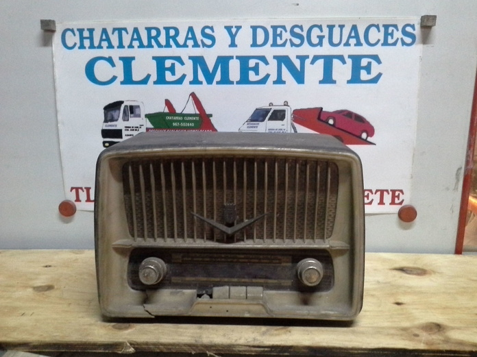 radio antigua en chatarras clemente de albacete