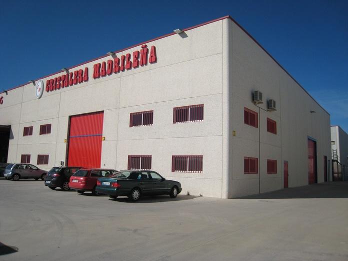 CRISTALERIA en MADRID. Agosto 2014 abierta de 9 a 14 y 16 a 20