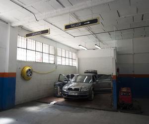 Limpieza manual y profesional de vehículos