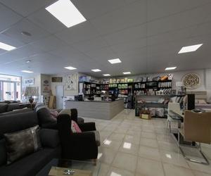Tienda y exposición de muebles en Lleida