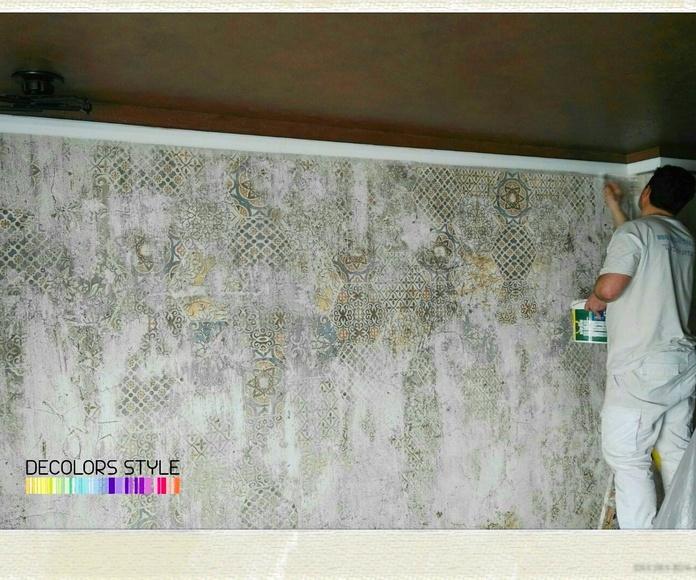 Fresco de yeso con minerales