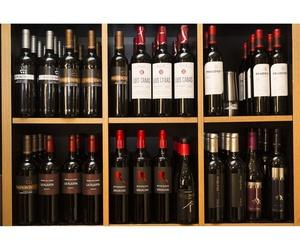 Disfruta de los mejores vinos para degustar una buena comida