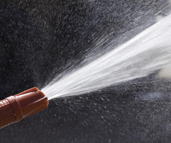 Agua a presión: Limpiezas de Limpiezas J & J