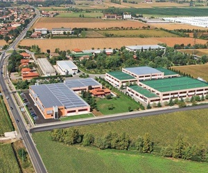 Vista aérea de la empresa