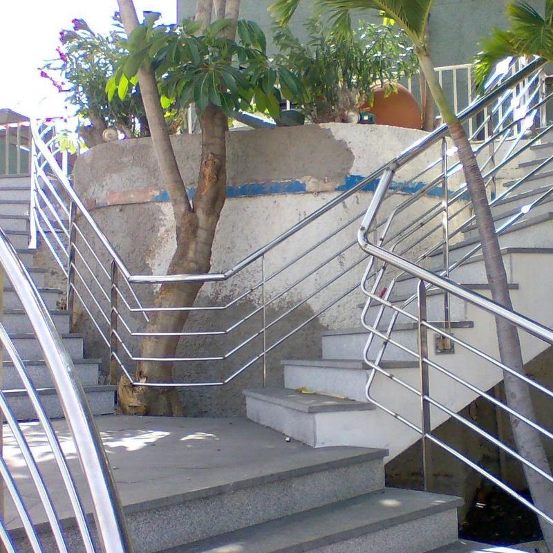 Baranda para escalera según diseño arquitectónico