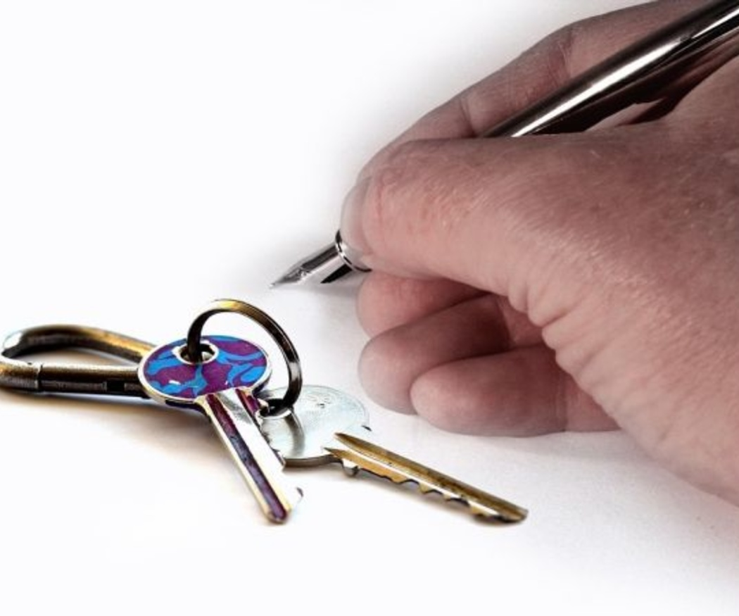 Qué debe incluir el contrato de alquiler