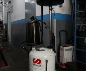Recipiente almacenaje aceite Automecánica Sabru