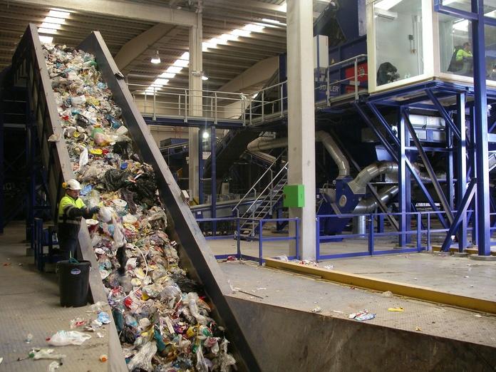 Gestor de residuos sólidos no peligrosos: Servicios  de Palets Beñat