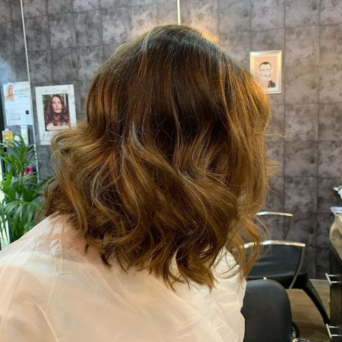 COrte midi color natural balayage