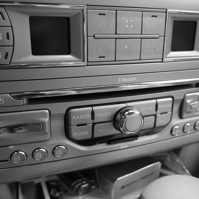 Ventajas de instalar un mejor equipo de música a tu coche