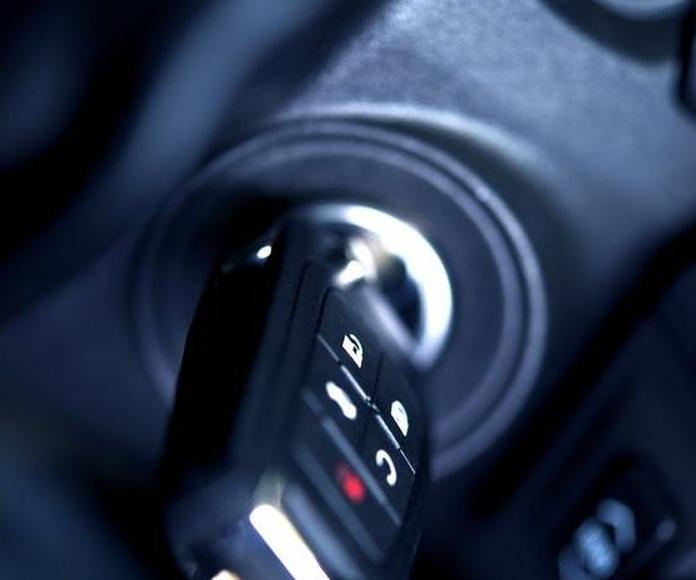 Duplicado y codificado de llaves y mandos de todo tipo de coche.