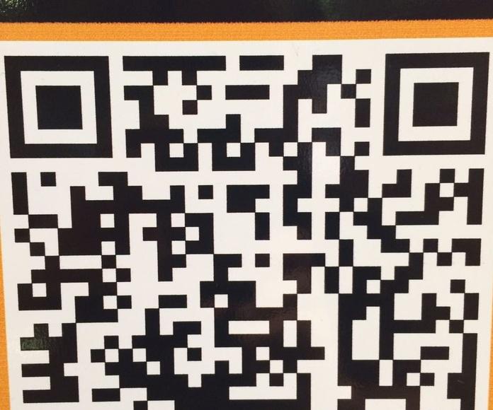 Descarga nuestro menú en 7 idiomas con el código QR