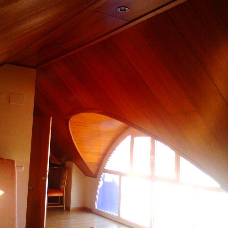 Panelado de paredes, techos y zócalos: Catálogo de Dimeca Gómez, S.L.