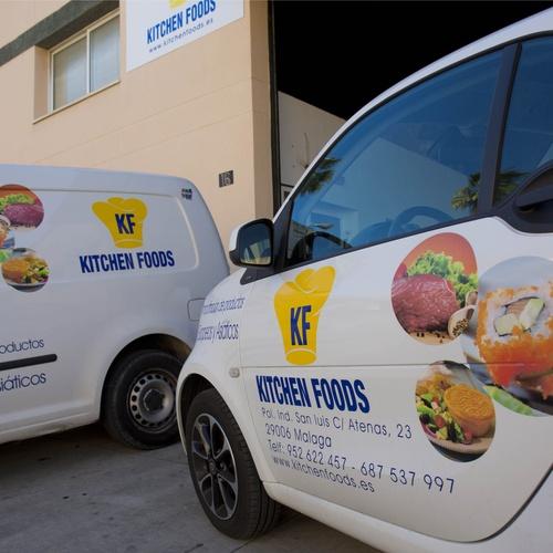 Vehículos de transporte de productos europeos y asiáticos