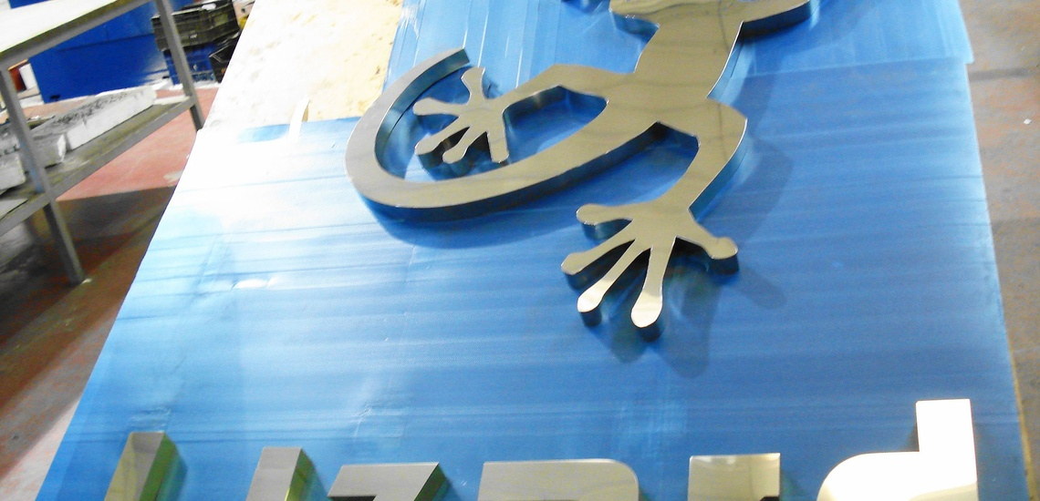 Fabricación de letras corpóreas en Móstoles