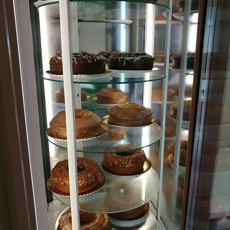 Especialistas en queques: Nuestros productos artesanales de Panadería Pastelería Hijo de Rosarito
