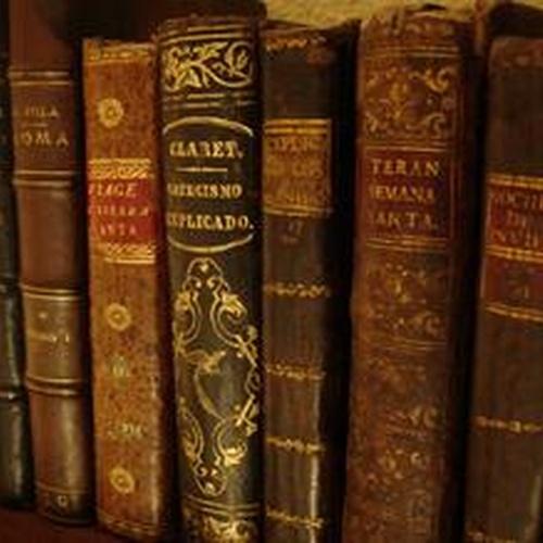 Librerías en Santiago de Compostela | Librería Follas Vellas