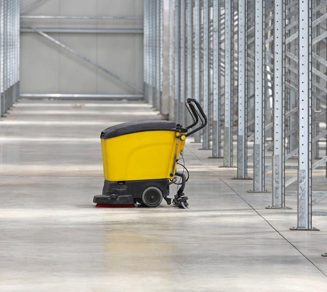 Limpieza de escaleras y patios: Servicios of 2007 Robenska