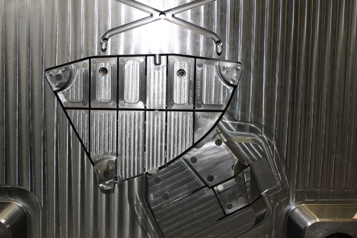 Fabricación de moldes de Inyección de Aluminio: Productos y servicios de Ingeniería del Molde
