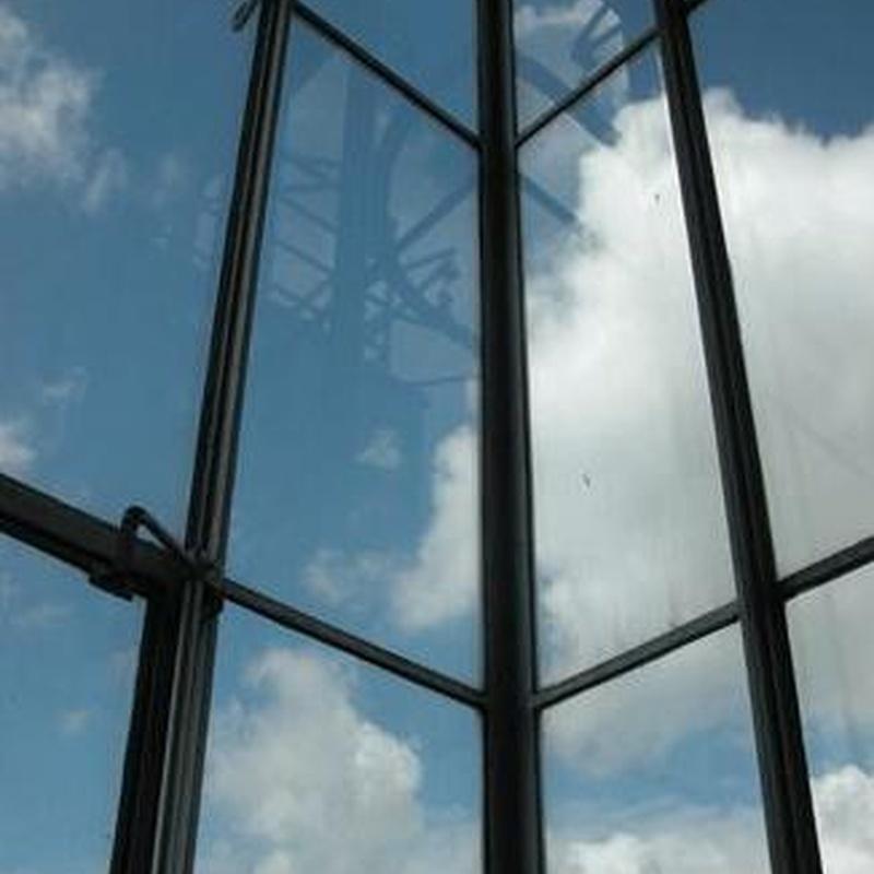 Cristalería: Productos y servicios de Hierros Y Aluminios Torres