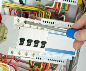 Todos los productos y servicios de Electricidad: SDI Sistemas Digitales Iruña