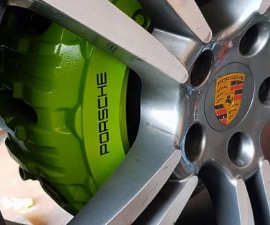 Porsche Panamera - Green Mocus