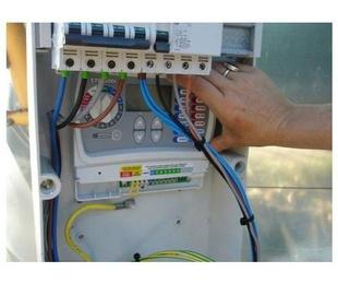 Electricidad y Fontanería