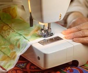 Ventajas de tener una máquina de coser en casa