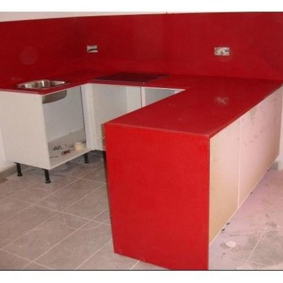 Silestone rojo: Nuestros trabajos de Cano, Granits i Marbres, S.C.C.L.