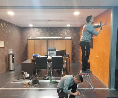 Cortina de Cristal en oficina de Stanzia Muebles