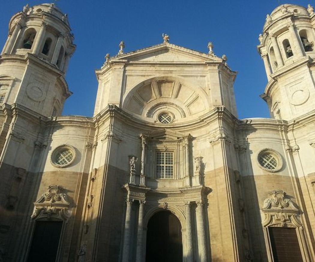 Conoce los edificios más emblemáticos de Cádiz