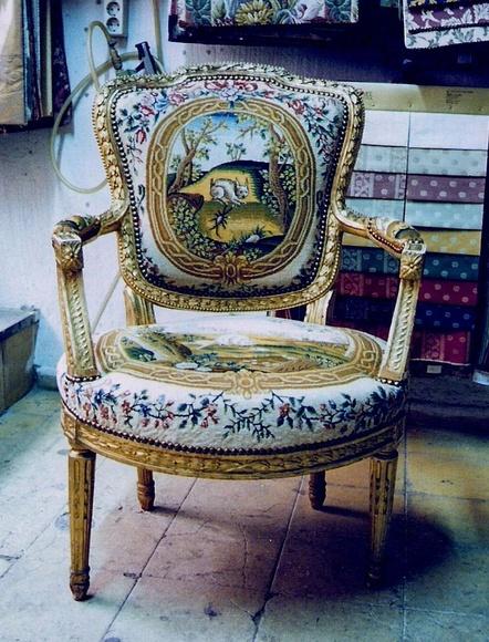 Sillón clásico de época de Carlos IV