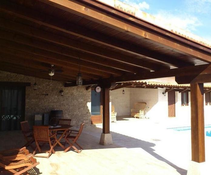 Porche Juan Luis: Catálogo de Casas de Madera MT