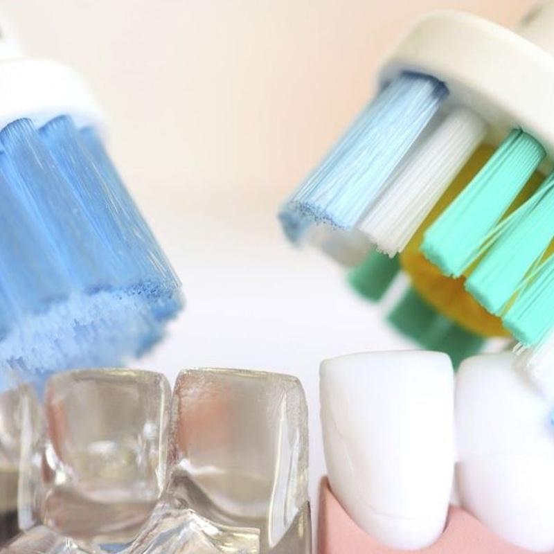 Limpiezas dentales: Tratamientos  de Cruz Dental