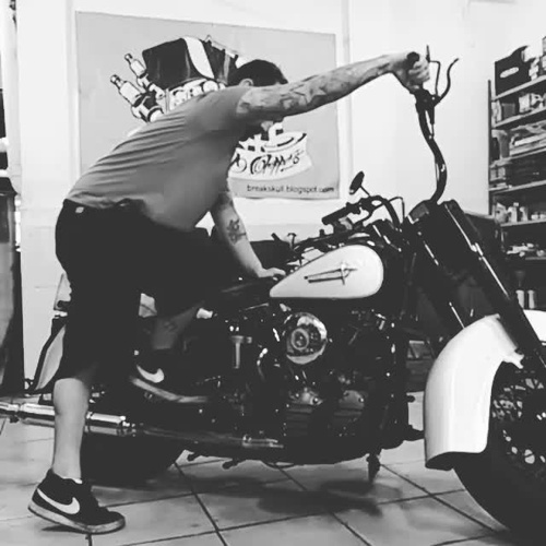 harley davidson clasicas,customizar motos,restauracion motos, construccion de motos,personalizar motos,old schoold