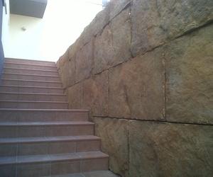 Detalles de la Construcción de muro de contención por Ecepa